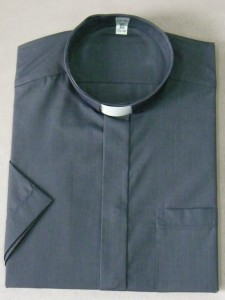 Chemise clergyman, 80% coton 20% polyester. (id: 423)