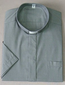 Chemise clergyman, 80% coton 20% polyester. (id: 422)